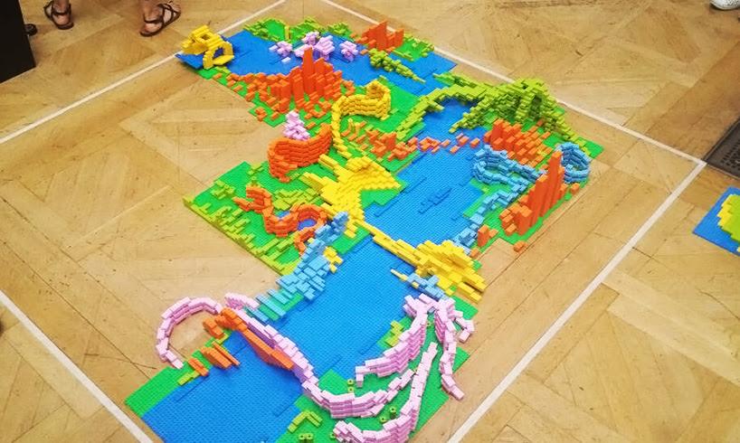 zaha-hadid-LEGO-buildings-designboom003