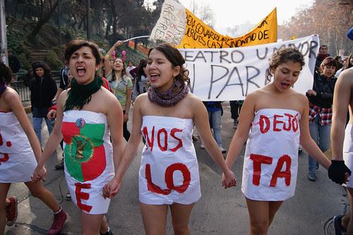 Marcha educación pública, 14 de Julio 2011. by Alejandro Bonilla