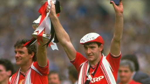 Avatar of Norman Whiteside's 1985 FA Cup-winning shirt goes for £23,000 at auction