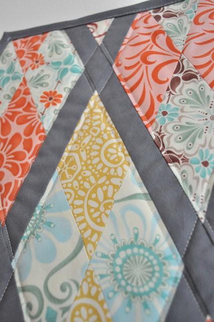 Little Quilt - S,V,S Group closeup