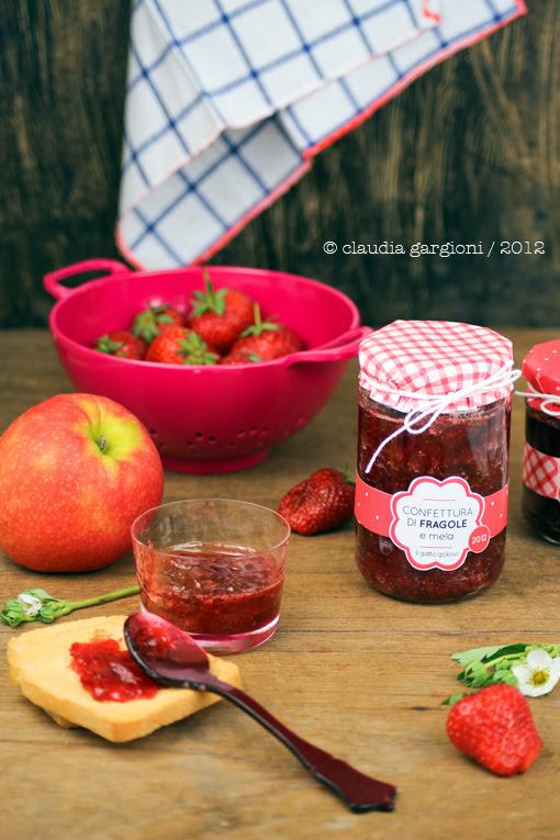 confettura di fragole e mela