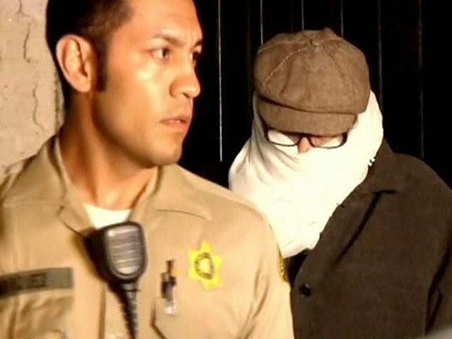 Nakoula Basseley Nakoula, suposto responsável por filme anti-islã, é preso nos EUA  (Foto: Reprodução Globo News)