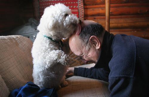 Max kisses Dad