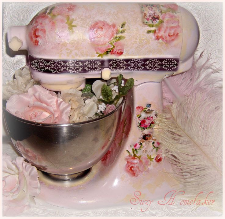 Pink shabby chic Kitchen aid mixer!!! Bebe'!!! Pretty in pink!!!