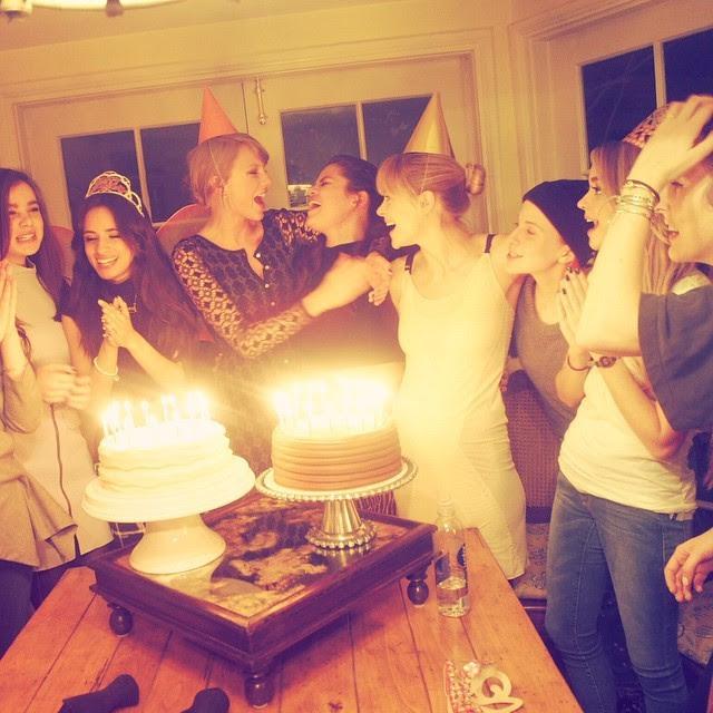 Camila Cabello, Taylor Swift, Selena Gomez, Jamie King e outras amigas (Foto: Reprodução/Instagram)