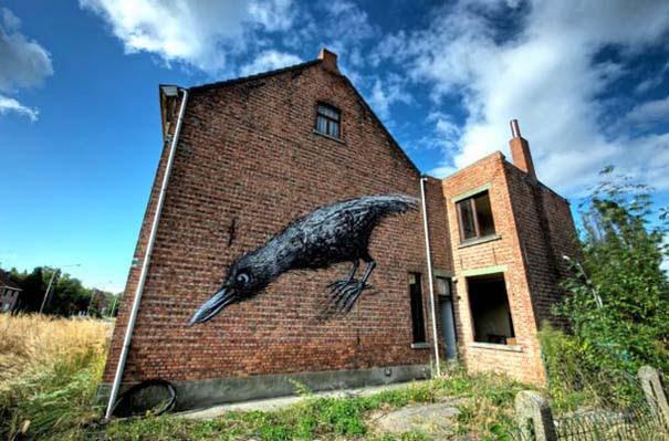 Doel: Το εγκαταλελειμμένο χωριό που παραδόθηκε στην τέχνη του δρόμου (23)