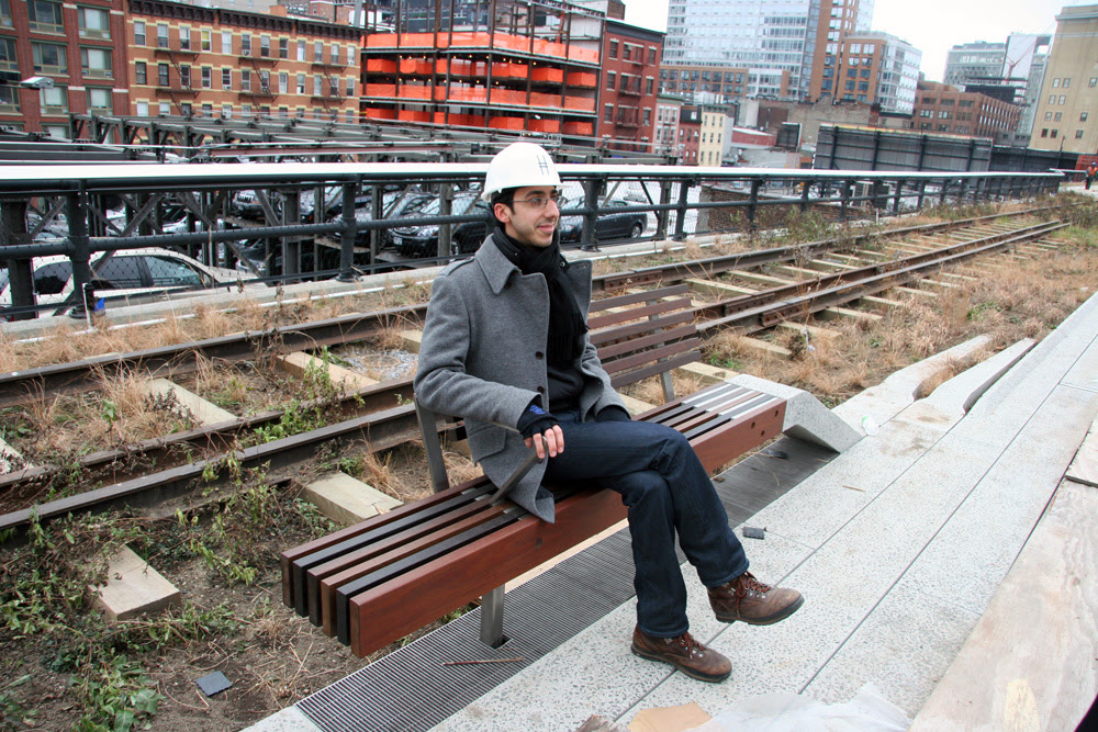 http://friendsofthehighline.files.wordpress.com/2009/02/peel-up-bench_patrick_1000.jpg