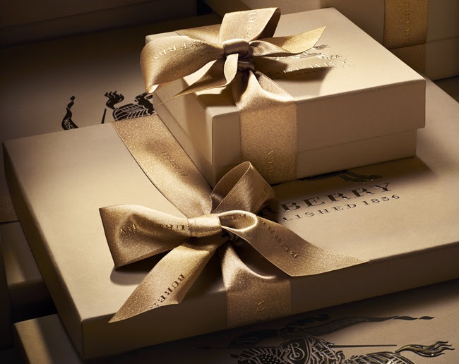 00 Burberry With Love - Packaging