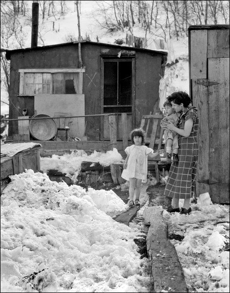 1936-utah-price-coal-miner-home-and-family.jpg