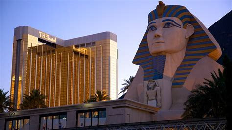 The Strip Vacation Packages: Find Cheap Vacations & Travel