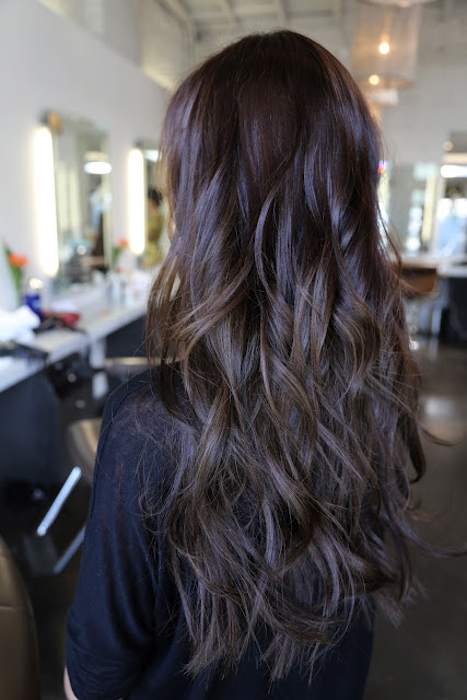 http://neilgeorgesalon.files.wordpress.com/2012/06/long-layered-hair-styles.jpg