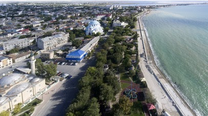 Иностранцам запретили владеть землёй в Крыму