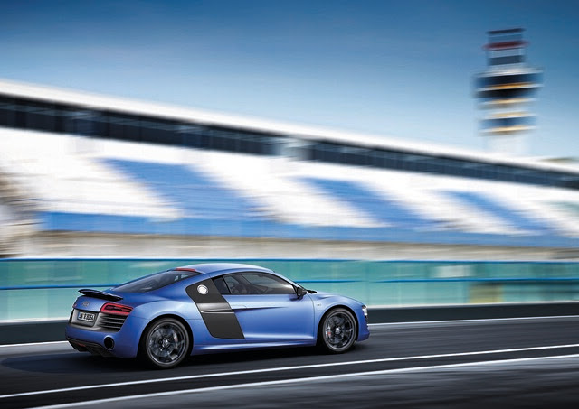New Audi R8 V10 Plus Performance