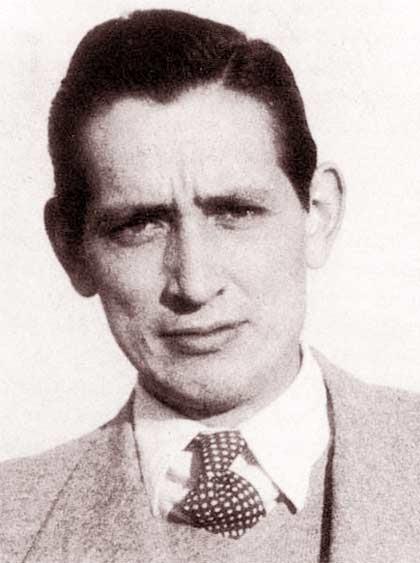 Fotografía en sepia de Miguel Delibes