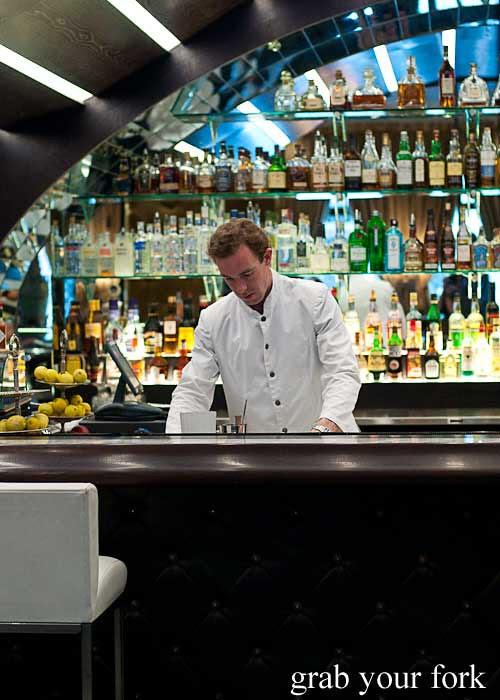 Osteria Del Toro bar