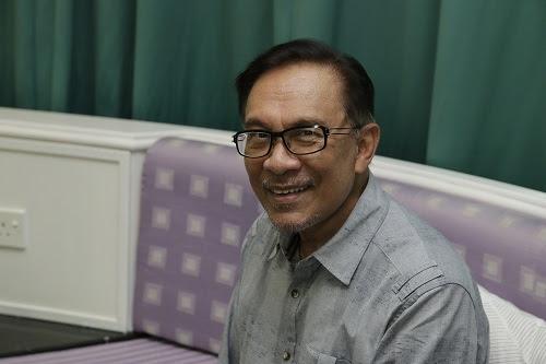 Tangguh potong gaji PTPTN langkah baik - Anwar