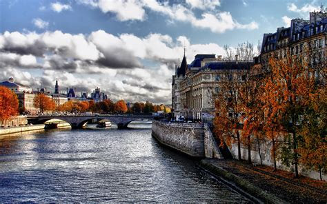 Ile de la Cite Autumn widescreen wallpaper   Wide