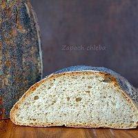 Żytni jasny chleb mleczny