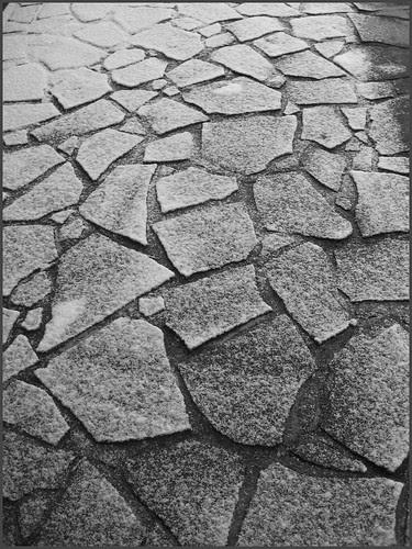 02 monochrome tiles