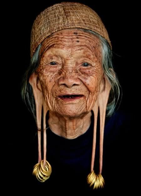 8 Самых экстремальных модификаций тела в различных культурах