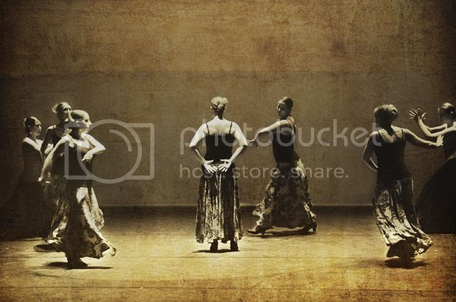 Flamenco Dancers [enlarge]