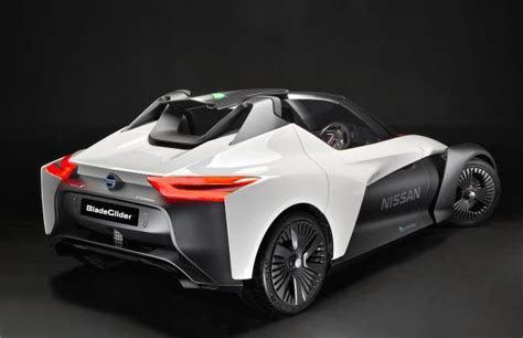 nissan  introduce  electric sports car