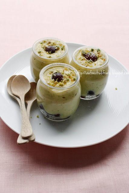 Crema di pistacchi con uva fragola