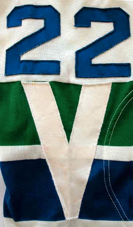 Vancouver Canucks 1970-71 home jersey