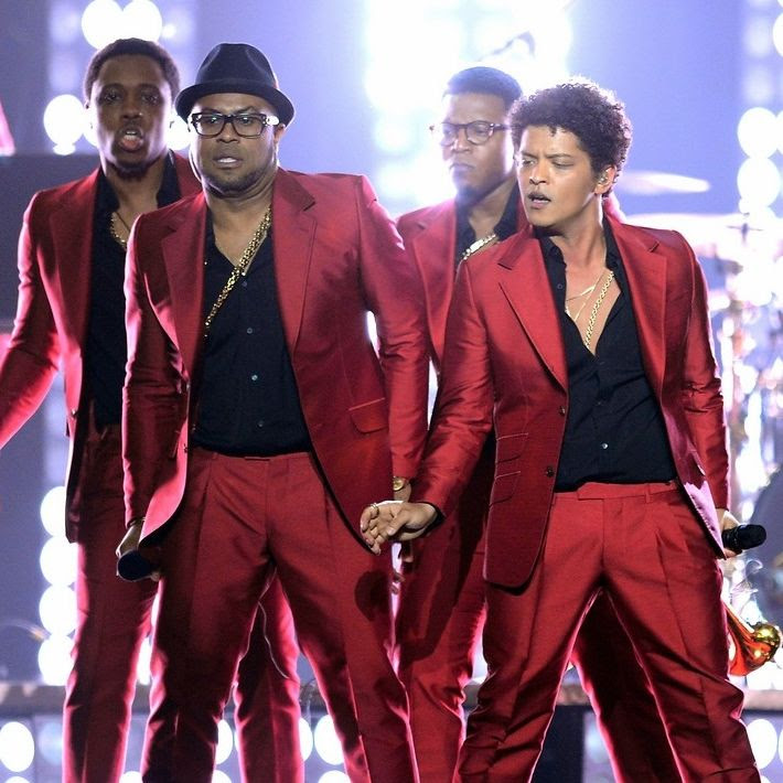 2013 Billboard Music Awards photo bruno-mars-billboard-music-awards-2013-performance-video-12.jpg