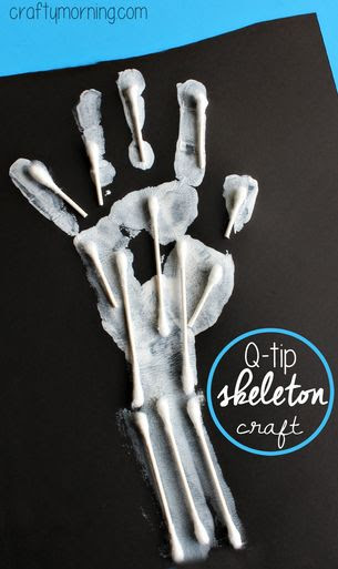 Easy Q-Tip Handprint Skeleton Craft #Halloween craft for kids to make | CraftyMorning.com