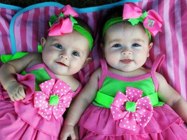 Cute Twin Babies 15 Photos Funmagorg