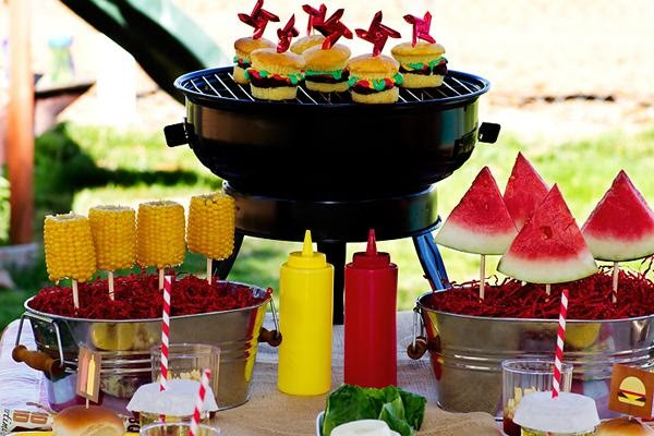 Summer Parties For Kids With Inflatables