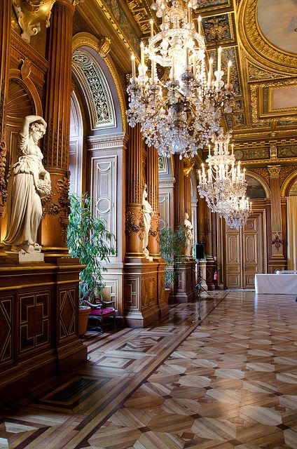 LHôtel de Ville de Paris