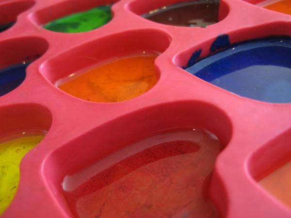 microwave heart crayons