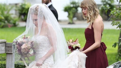 Taylor Swift Looks Stunning as a Bridesmaid For BFF