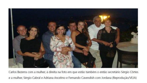 Foto de casais de amigos na Europa destacada pelo MPF