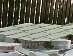 DIY Outdoor Kitchen and Pizza Oven - Fire brick