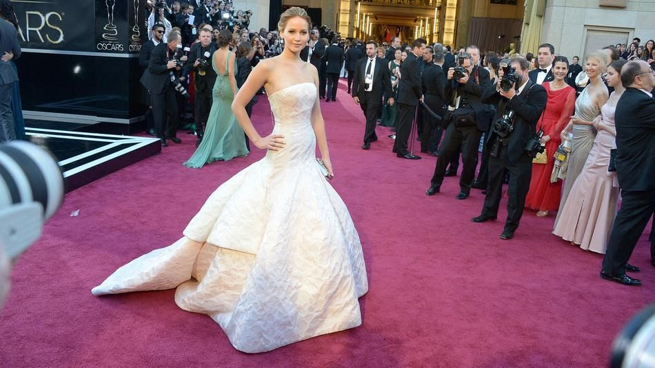 photo jennifer-lawrence-best-dressed-oscars_zps5aad361e.jpg