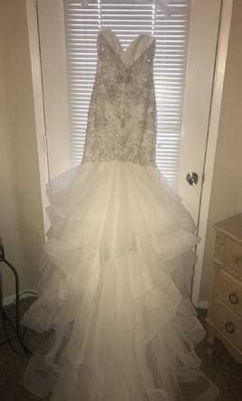 Allure Bridals 9421, $1,800 Size: 12   Used Wedding Dresses