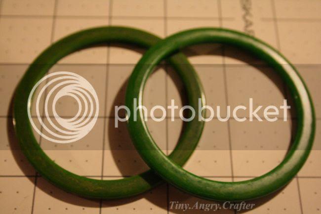 vintage green bakelite spacer bangles