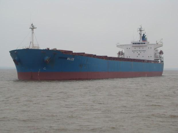 Navio Mercante Nilos está encalhado desde o dia 27 de Outubro (Foto: Divulgação/Capitania Fluvial de Santarém)