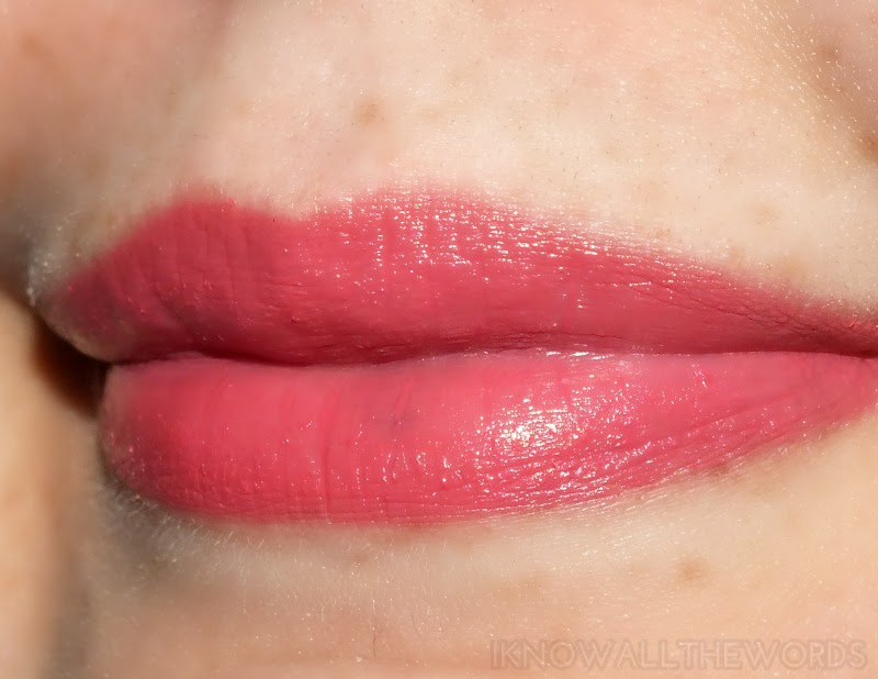 Mary Kay Hello Sunshine Creamy Lip Colour- Carefree Coral