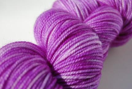 ARCHIMEDES Superwash DK Sock Yarn (Edison)