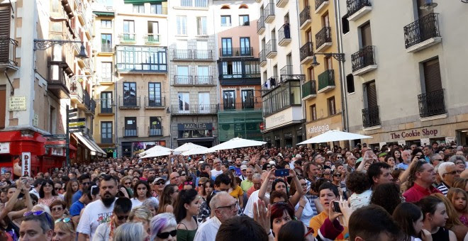 Concentración en la Plaza del Ayuntamiento de Pamplona. (EP)