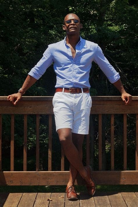 stylist tips  men   wear white shorts
