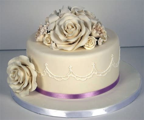 Single Tier Wedding Cake   CakeCentral.com