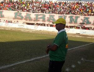 Wassil Mendes, técnico do Baraúnas, comemora o acesso à Série C (Foto: Bruno Araújo/GLOBOESPORTE.COM)
