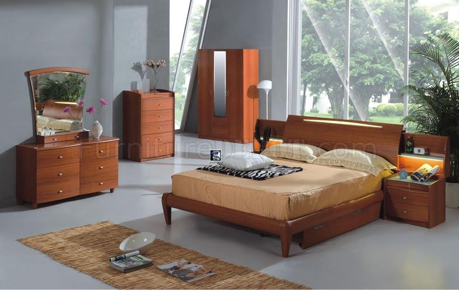 Light Cherry Finish Contemporary Bedroom Set
