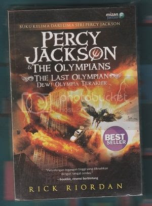 photo the_last_olympian_by_rick_riordan_uploaded_by_irabooklover_zpsxfoguuty.jpg
