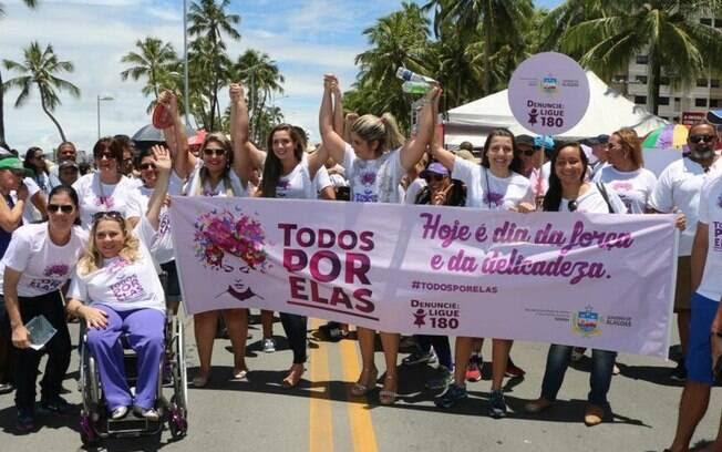 Protesto pelo Brasil no Dia Internacional da Mulher. Foto: Agência Alagoas